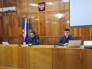 Обсудили вопросы транспортной безопасности и внедрение ЭРА-ГЛОНАСС в Мостовском районе